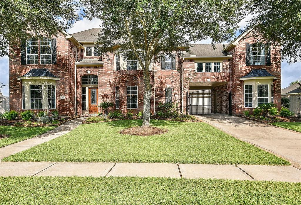 339 Northcliff Ridge Lane, Friendswood, TX 77546