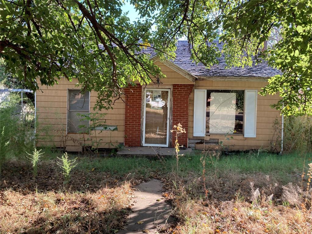 914 W 3rd Street, Spur, TX 79370