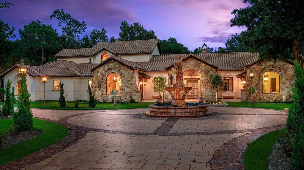 2426 Blue Lake Drive, Magnolia, TX 77354