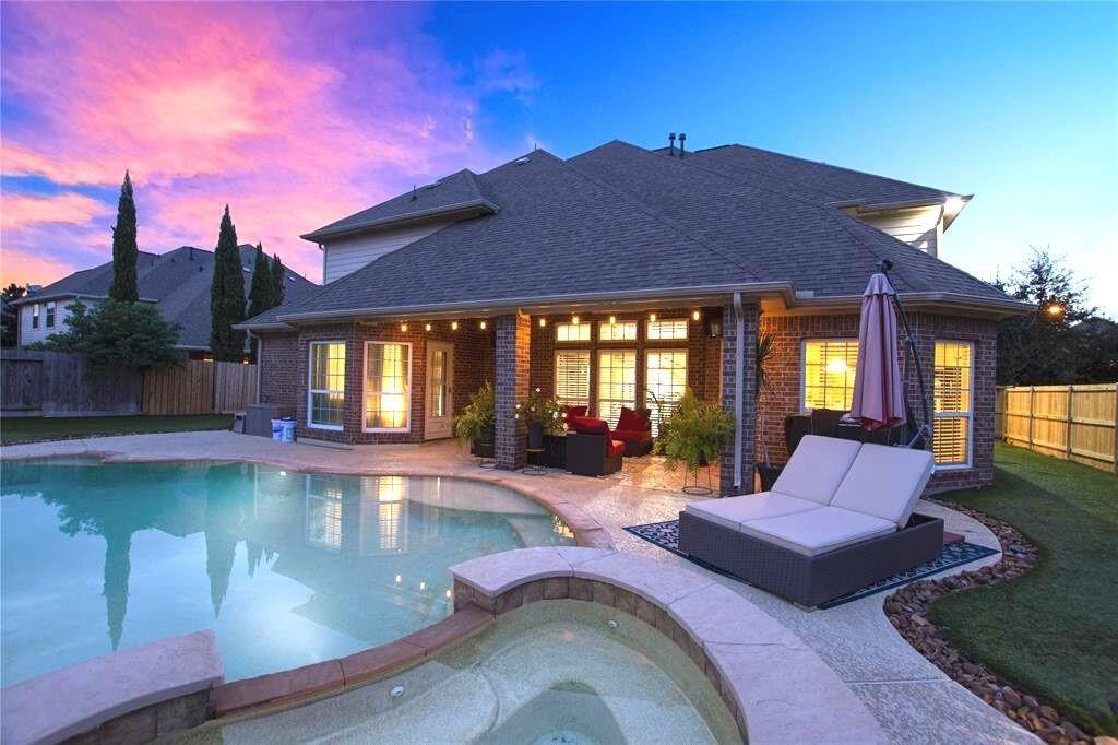 1317 Altavilla Lane, League City, TX 77573