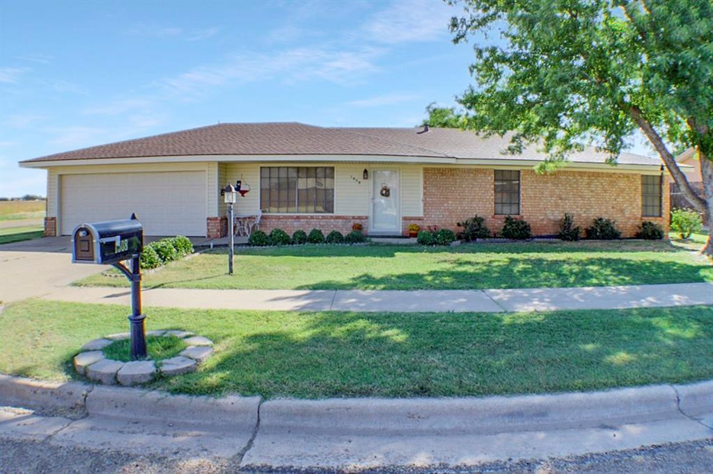 1508 Columbia Avenue, Friona, TX 79035