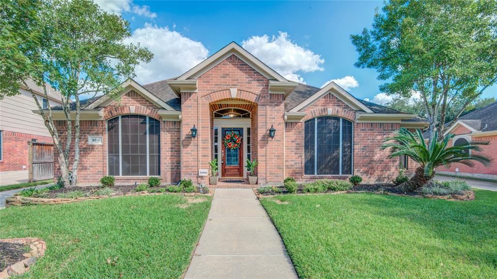 8618 Upshur Lane, Houston, TX 77064