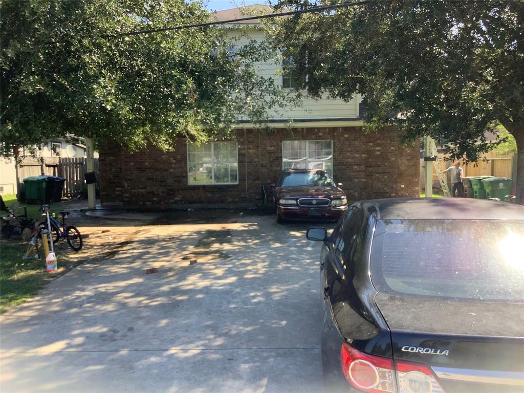 9445 Merle St Unit A and B, Houston, TX 77033