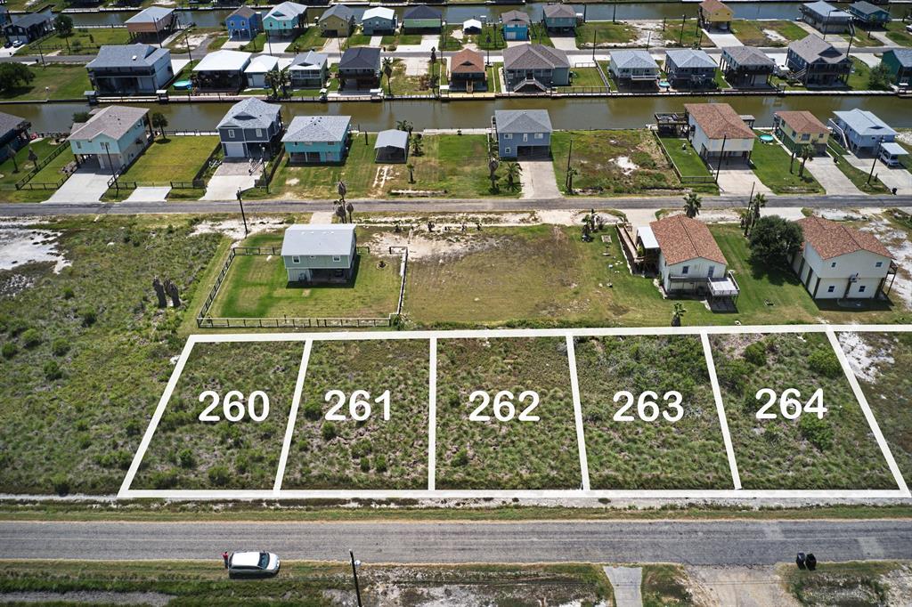 262 Kingfish Drive, Rockport, TX 78382