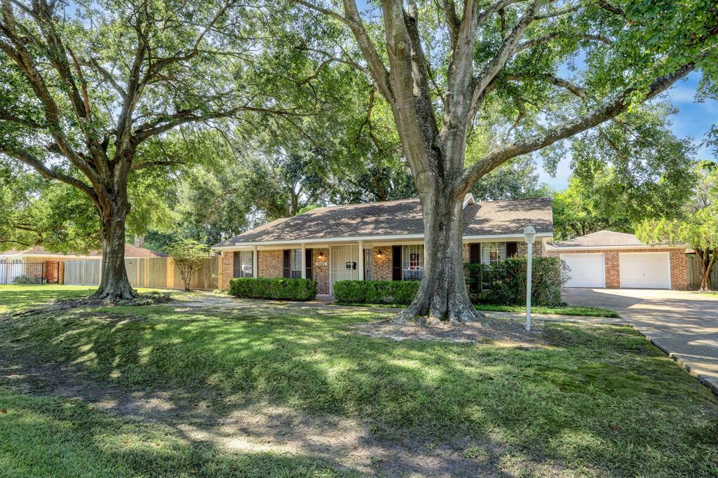 8303 Karen Street, Houston, TX 77037