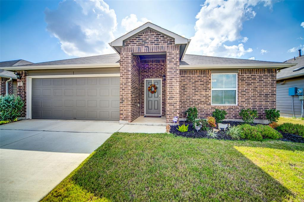517 Summersweet Road, New Braunfels, TX 78130