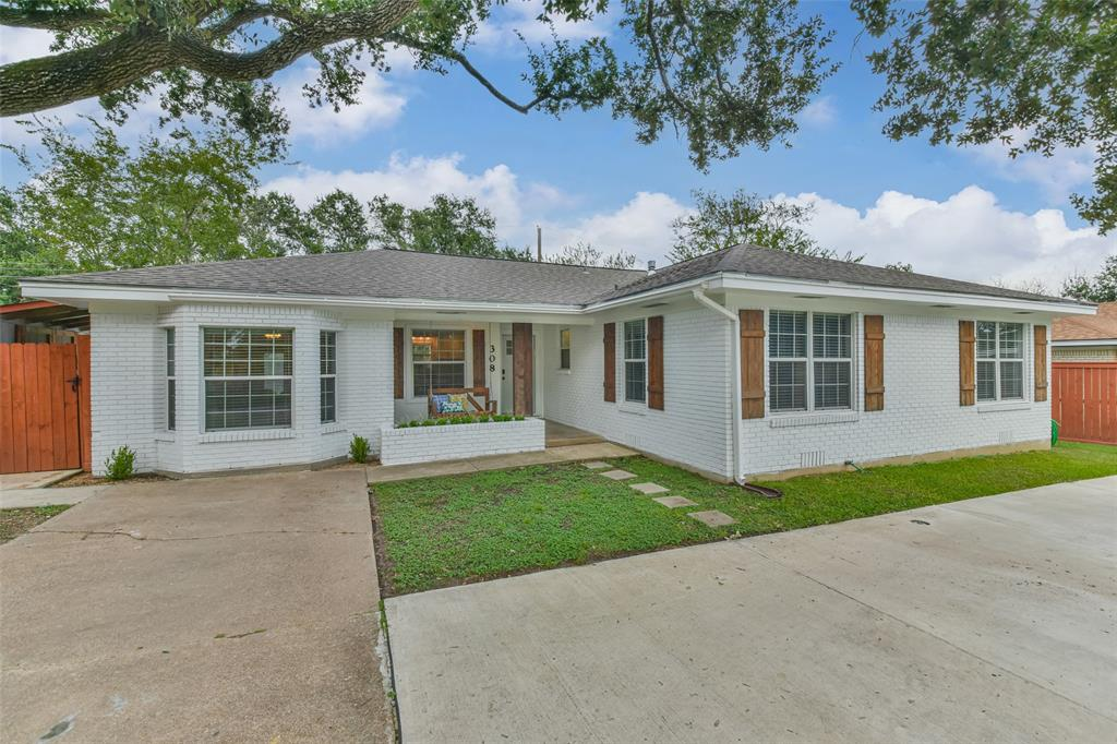 308 Laurel Street, Bryan, TX 77801