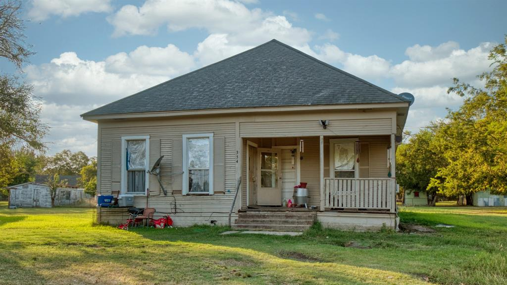 354 6th Street, Somerville, TX 77879