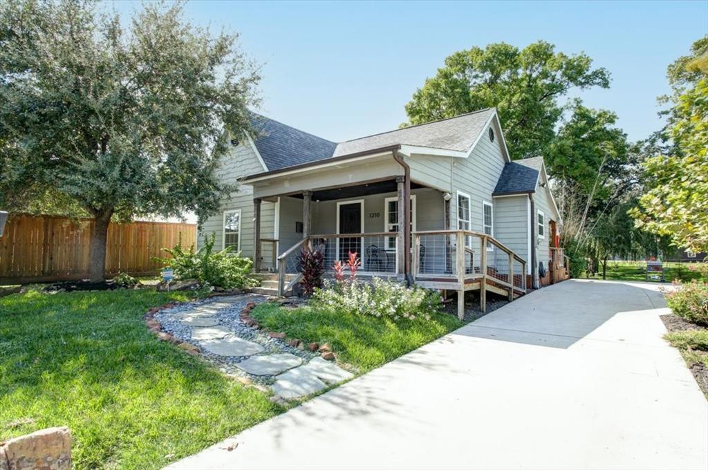 1210 Gustav Street, Houston, TX 77023