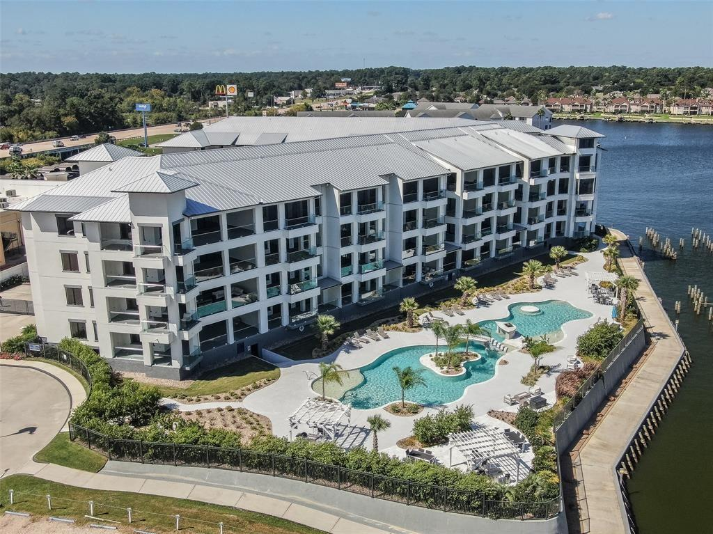 199 1 Waterpoint Court, Conroe, Texas 77356, 2 Bedrooms Bedrooms, 4 Rooms Rooms,2 BathroomsBathrooms,Townhouse/condo,For Sale,Waterpoint,51369448