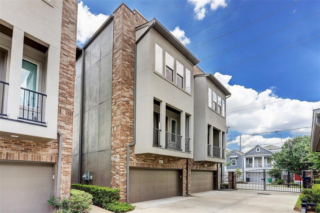 1927 4 Shearn Street, Houston, Texas 77007, 3 Bedrooms Bedrooms, 6 Rooms Rooms,3 BathroomsBathrooms,Townhouse/condo,For Sale,Shearn,3933727