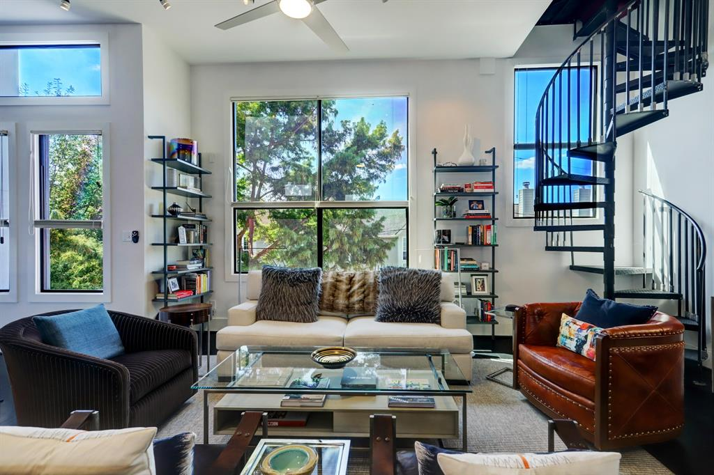2225 3 Hopkins Street, Houston, Texas 77006, 2 Bedrooms Bedrooms, 6 Rooms Rooms,2 BathroomsBathrooms,Townhouse/condo,For Sale,Hopkins,49920956