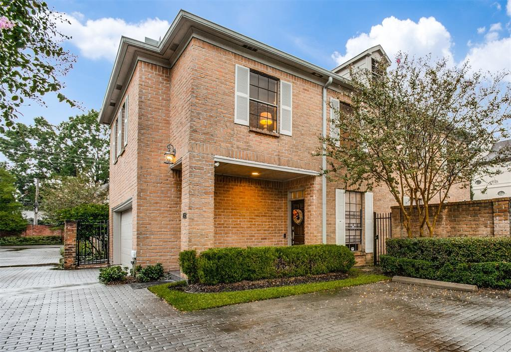 2420 2 Potomac Drive, Houston, Texas 77057, 3 Bedrooms Bedrooms, 8 Rooms Rooms,2 BathroomsBathrooms,Townhouse/condo,For Sale,Potomac,84029332