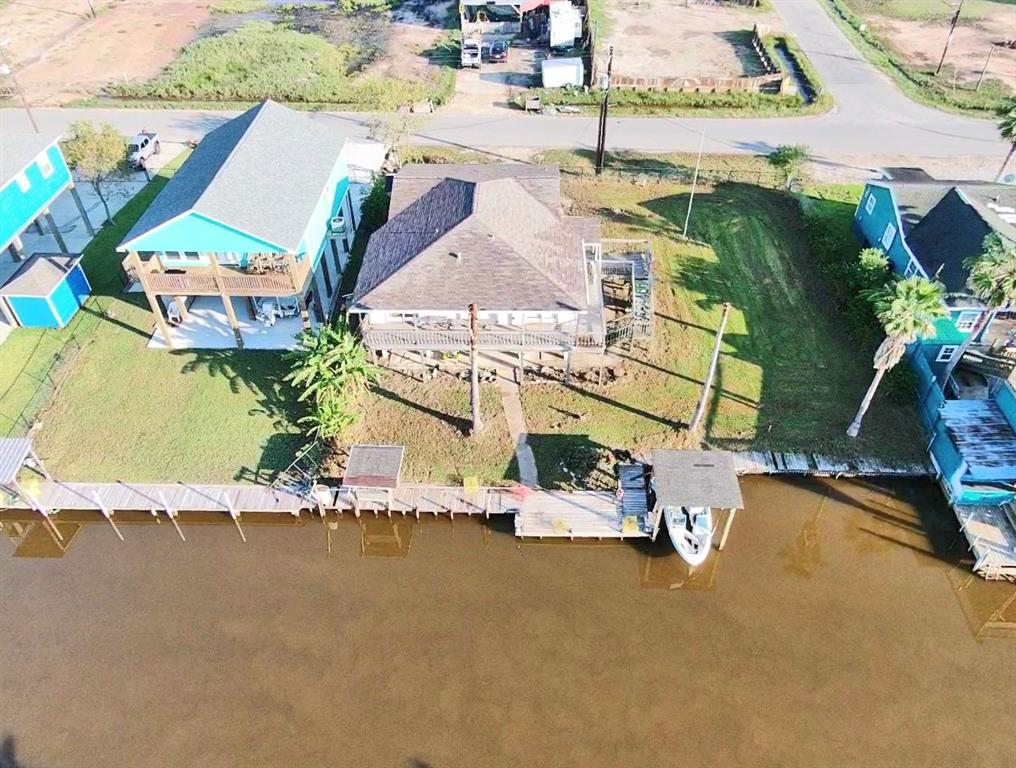 145 County Road 201, Sargent, TX 77414