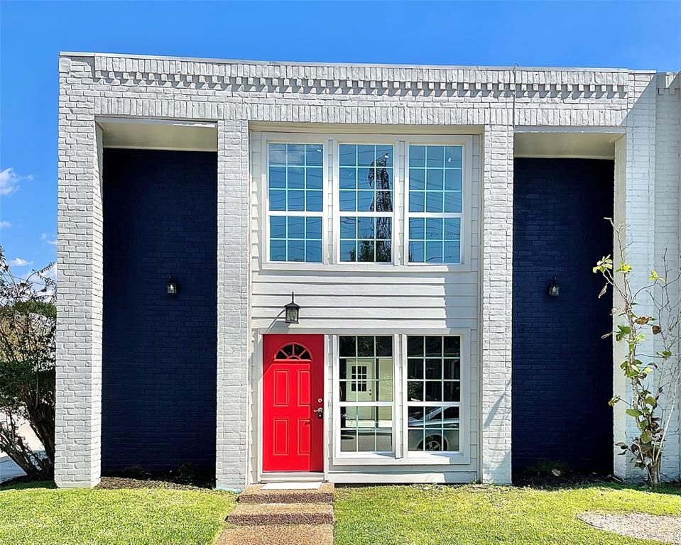 9423 2 Bassoon Drive, Houston, Texas 77025, 3 Bedrooms Bedrooms, 11 Rooms Rooms,3 BathroomsBathrooms,Townhouse/condo,For Sale,Bassoon,9680053
