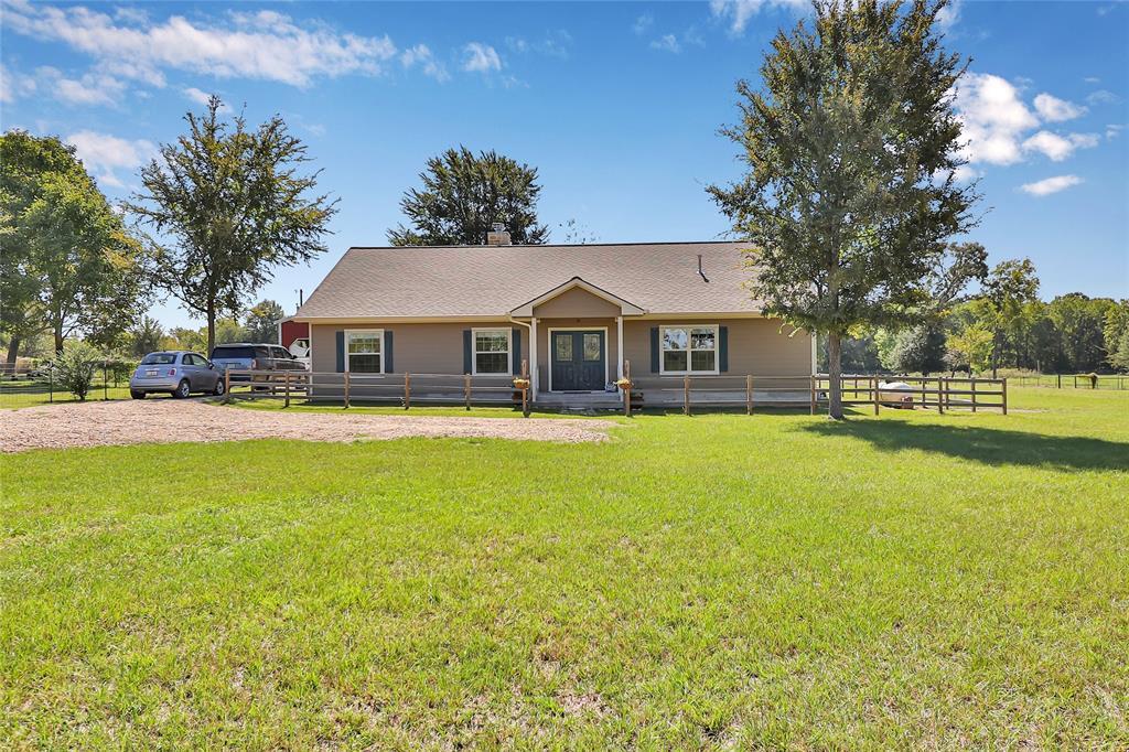 7484 County Road 233, Shiro, TX 77831