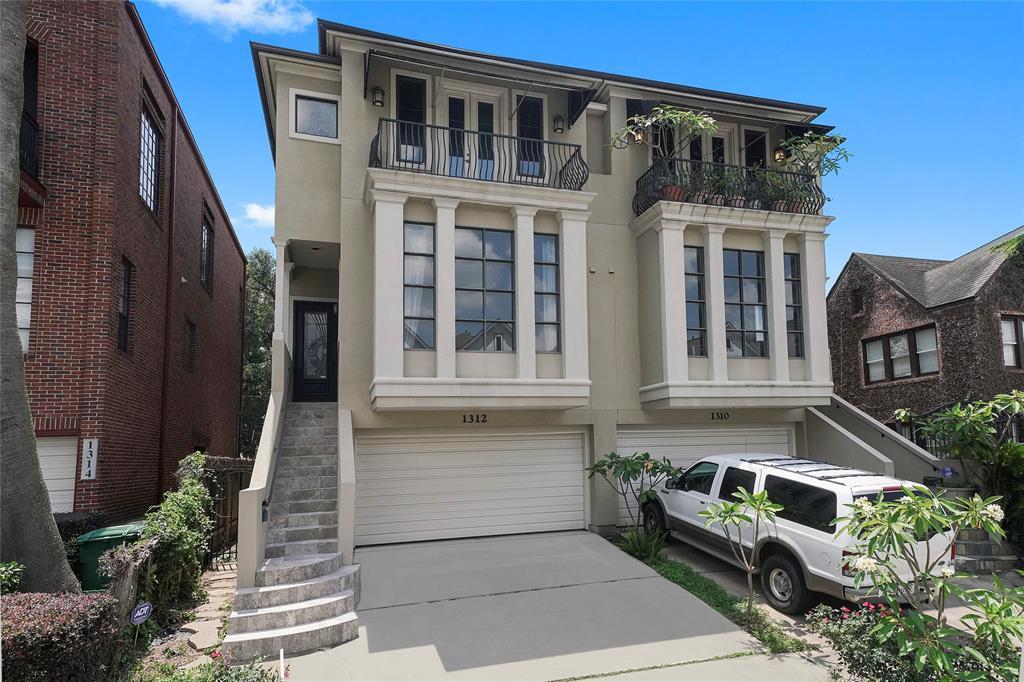 1312 3 Crocker Street, Houston, Texas 77019, 3 Bedrooms Bedrooms, 15 Rooms Rooms,3 BathroomsBathrooms,Townhouse/condo,For Sale,Crocker,1081673