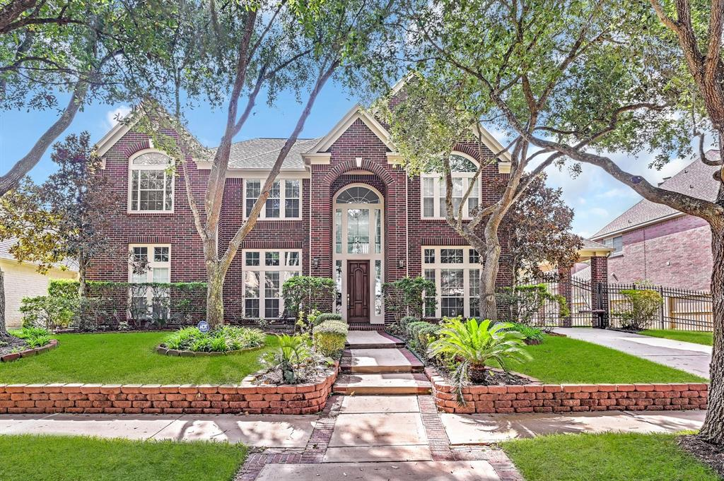 15422 Rocky Oak Court, Houston, TX 77059