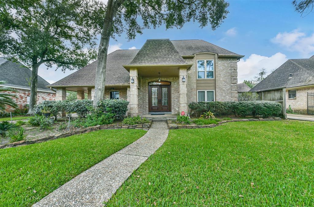 3830 Elmcrest Drive, Houston, TX 77088