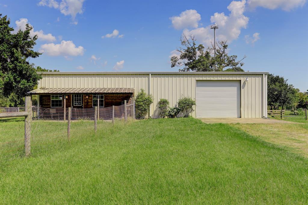 15402 Fir Road, Santa Fe, TX 77517