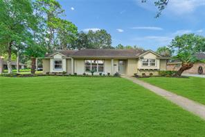 5542 Hummingbird Street, Houston, TX 77096