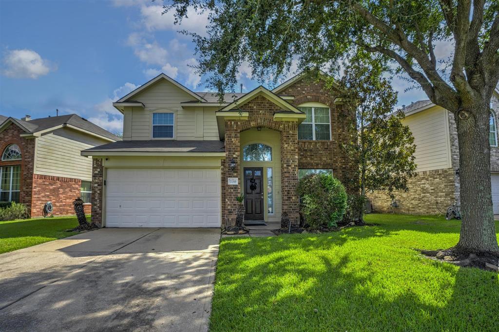 7230 Wimberly Oaks Lane, Richmond, TX 77407