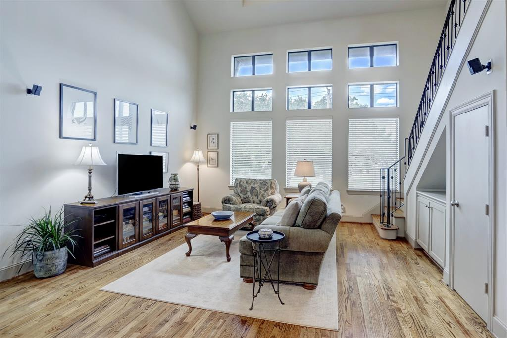 2820 3 Leeland Street, Houston, Texas 77003, 3 Bedrooms Bedrooms, 6 Rooms Rooms,3 BathroomsBathrooms,Townhouse/condo,For Sale,Leeland,6167530