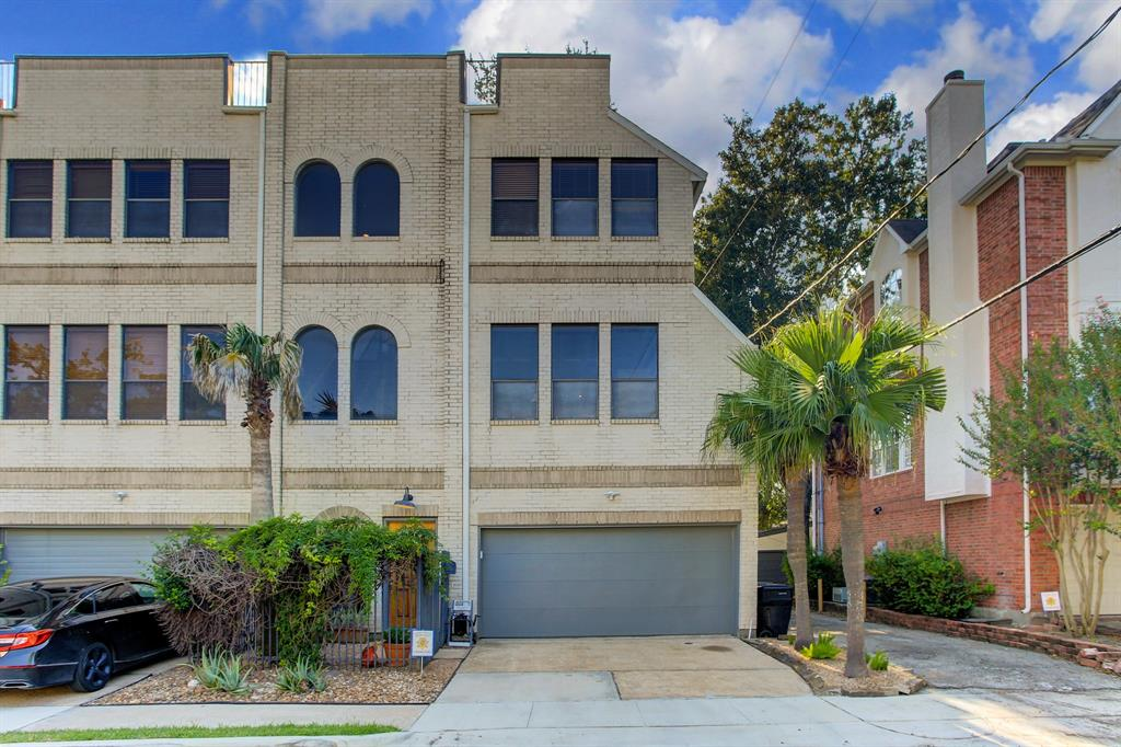2706 3 Ridgewood Street, Houston, Texas 77006, 2 Bedrooms Bedrooms, 5 Rooms Rooms,2 BathroomsBathrooms,Townhouse/condo,For Sale,Ridgewood,32870383