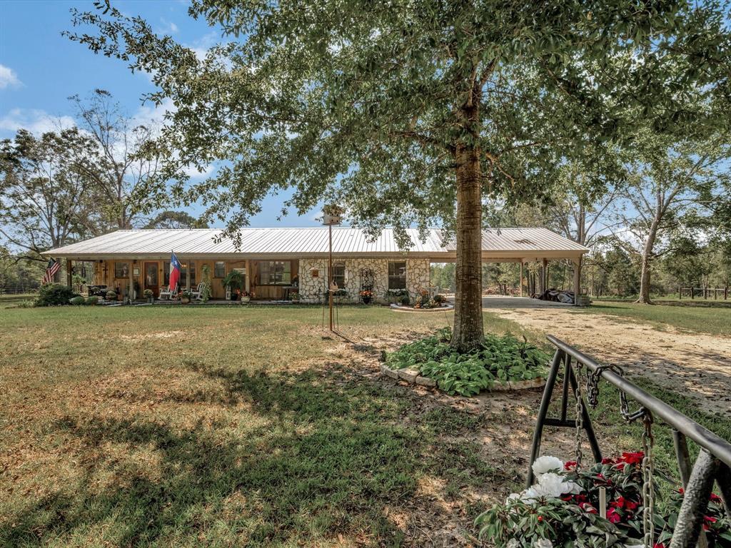 273 County Road 3610, Colmesneil, TX 75938