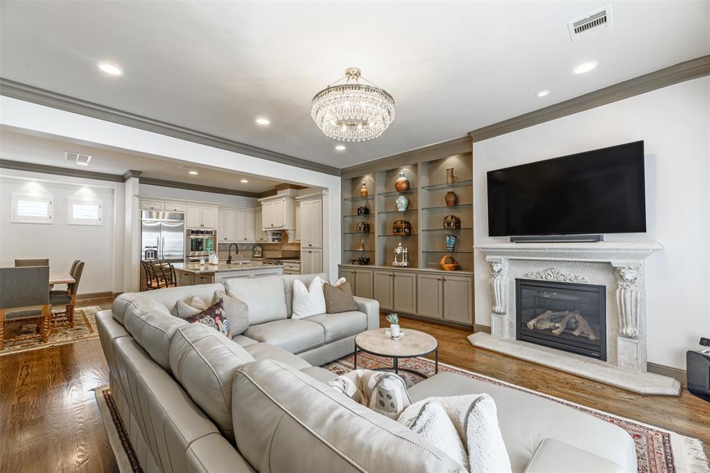 1607 3 Haddon Street, Houston, Texas 77006, 3 Bedrooms Bedrooms, 7 Rooms Rooms,3 BathroomsBathrooms,Townhouse/condo,For Sale,Haddon,75000989
