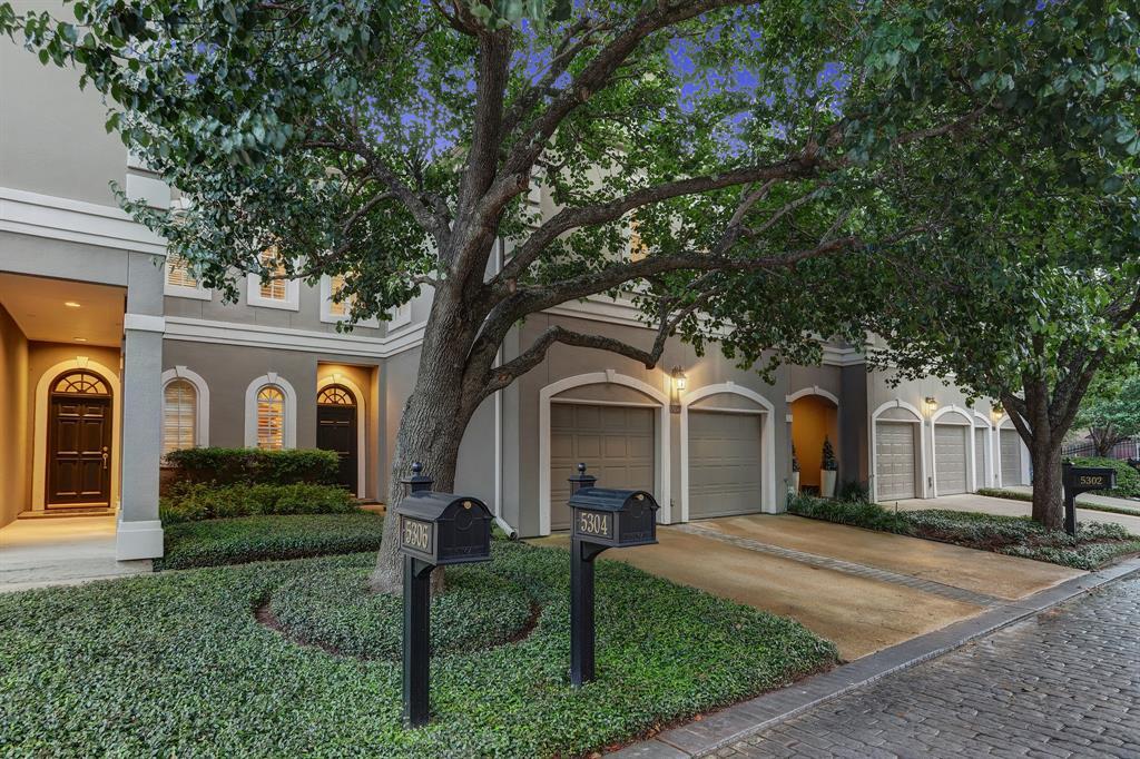 5304 3 Southampton Estate, Houston, Texas 77005, 3 Bedrooms Bedrooms, 5 Rooms Rooms,2 BathroomsBathrooms,Townhouse/condo,For Sale,Southampton,13307231