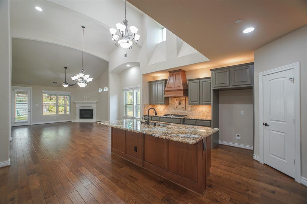 15375 2 Westland Gate Drive, Conroe, Texas 77384, 3 Bedrooms Bedrooms, 9 Rooms Rooms,3 BathroomsBathrooms,Townhouse/condo,For Sale,Westland Gate,47544686