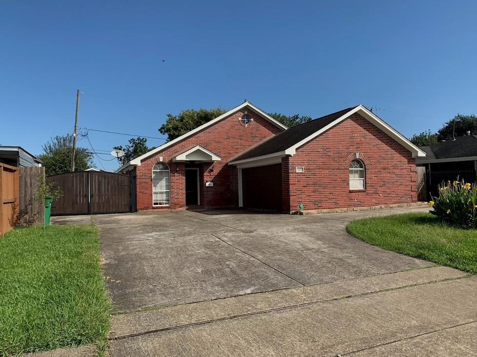 1427 Shawnee Street, Houston, TX 77034