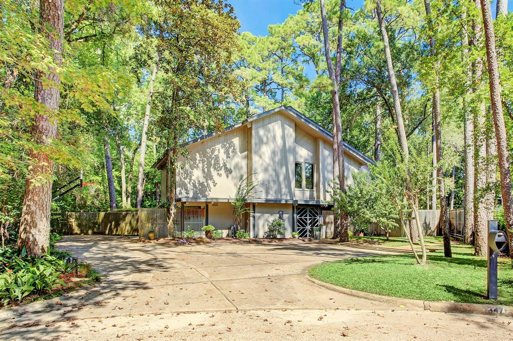347 Hunters Trail Street, Houston, TX 77024