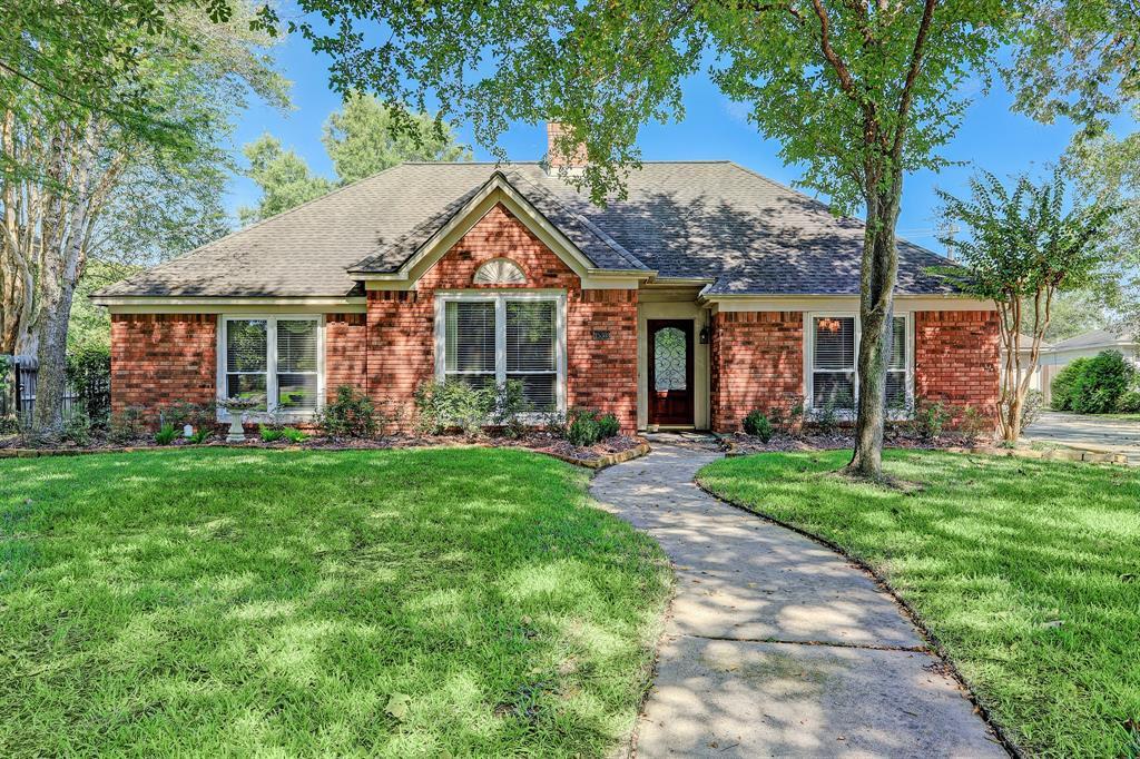 15303 Park Estates Lane, Houston, TX 77062