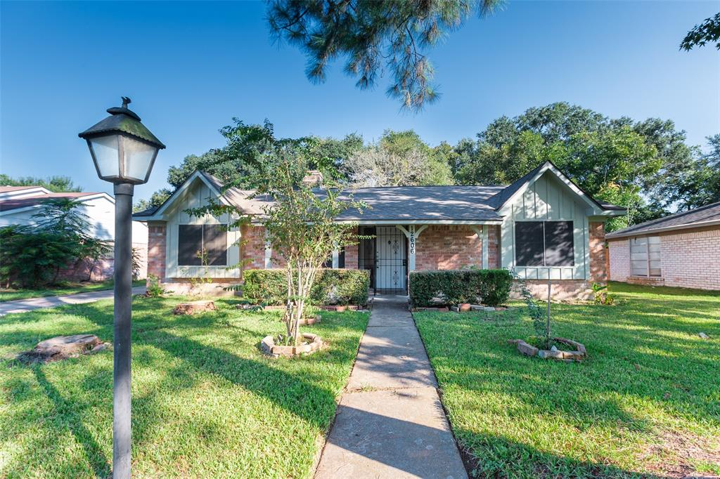 12606 Shannon Hills Drive, Houston, TX 77099