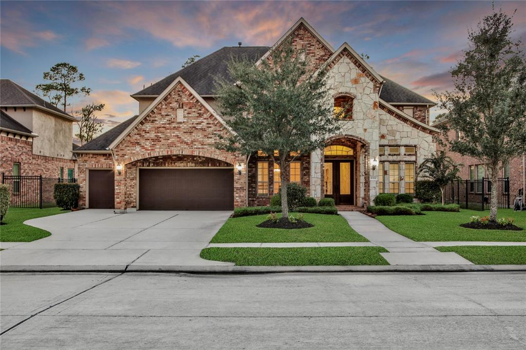 8314 Caroline Ridge Drive, Humble, TX 77396