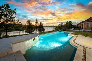 15 Lake View Loop, Fulshear, TX 77441