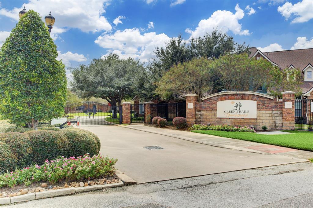 310 2 Cypress Vista, Houston, Texas 77094, 3 Bedrooms Bedrooms, 10 Rooms Rooms,2 BathroomsBathrooms,Townhouse/condo,For Sale,Cypress Vista,19238960