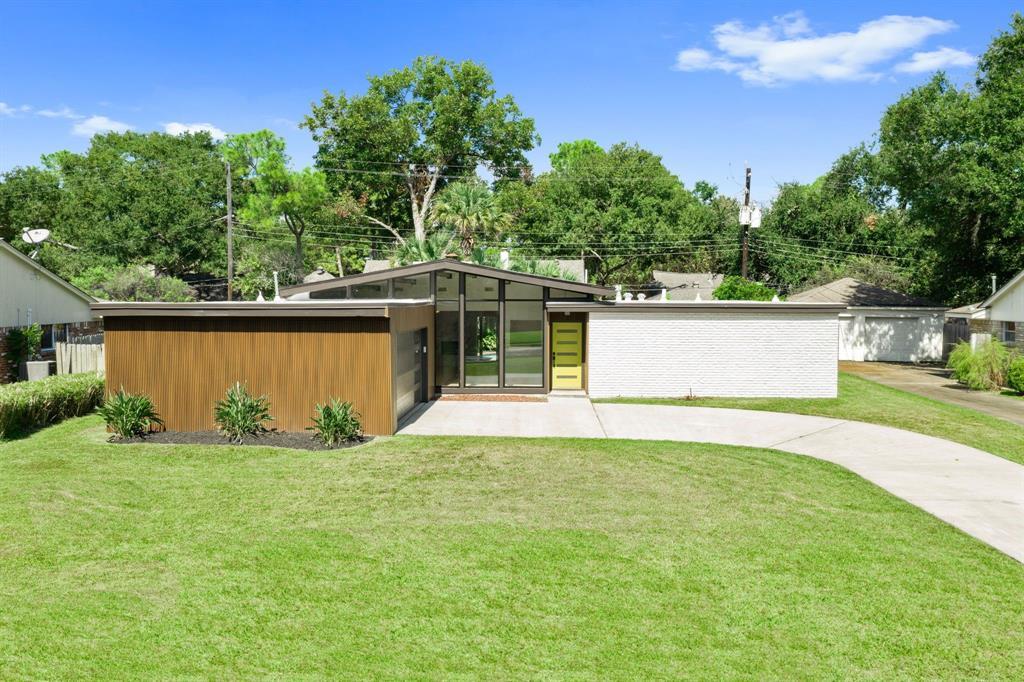 10714 Meadow Lake Lane, Houston, TX 77042
