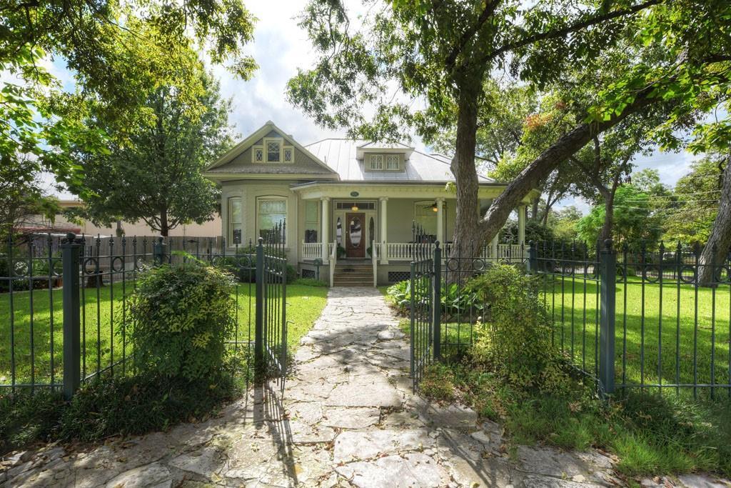 595 W Mill Street, New Braunfels, TX 78130
