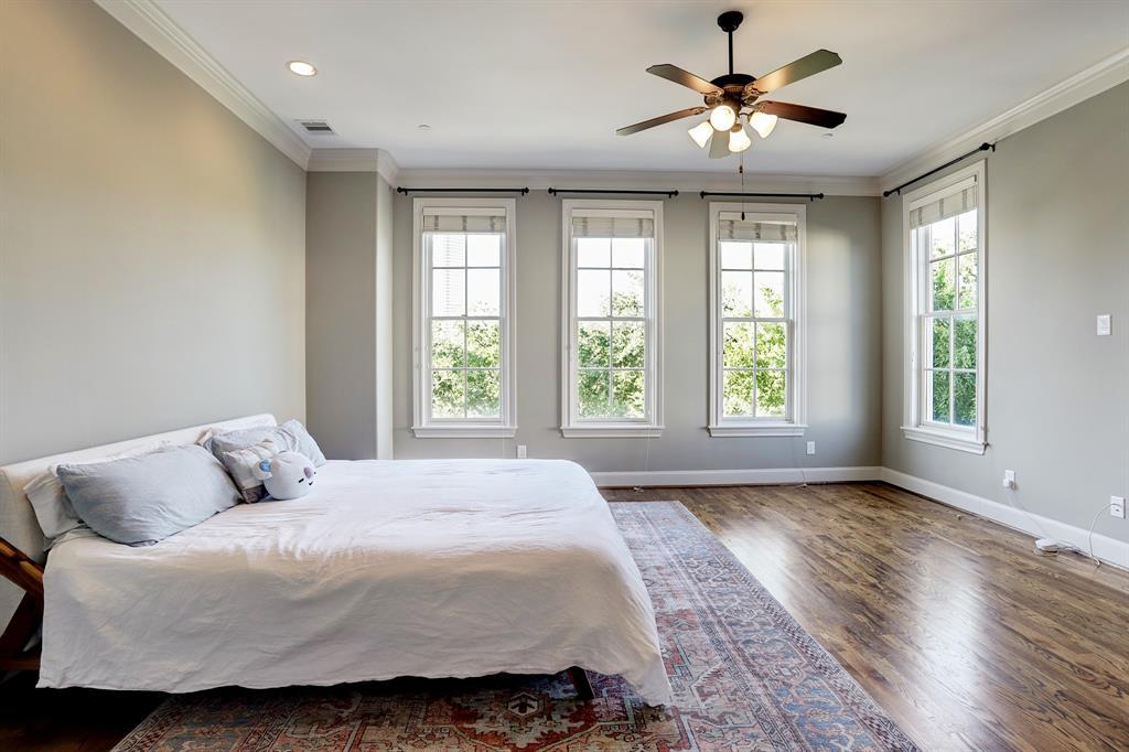 1303 4 Bell Street, Houston, Texas 77019, 3 Bedrooms Bedrooms, 7 Rooms Rooms,4 BathroomsBathrooms,Townhouse/condo,For Sale,Bell,31623648