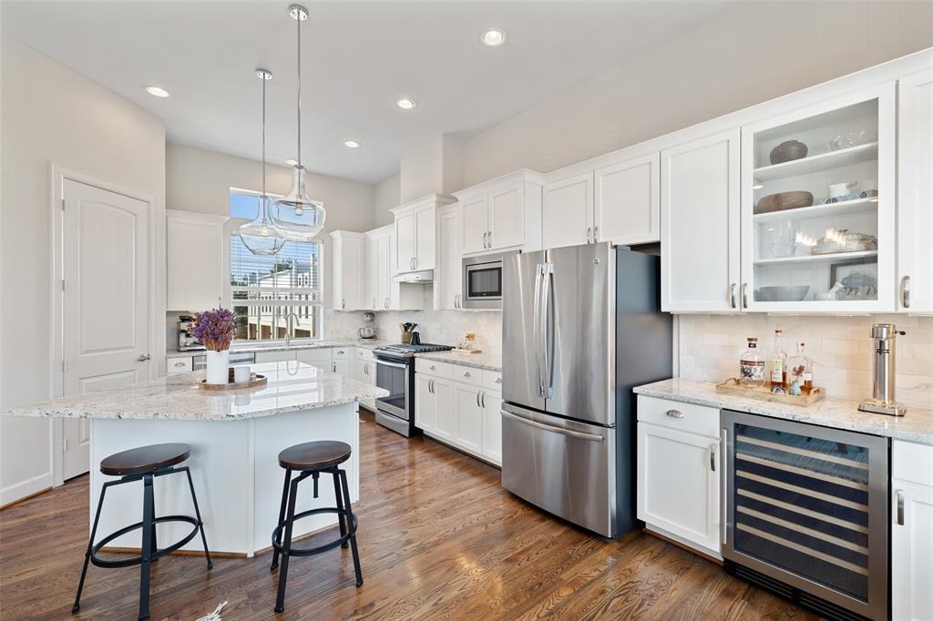 Besides the great cabinet space, the kitchen also offers a ton of storage in the large pantry.