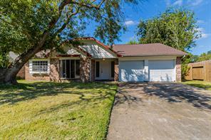 1115 Bournewood Drive, Sugar Land, TX 77498