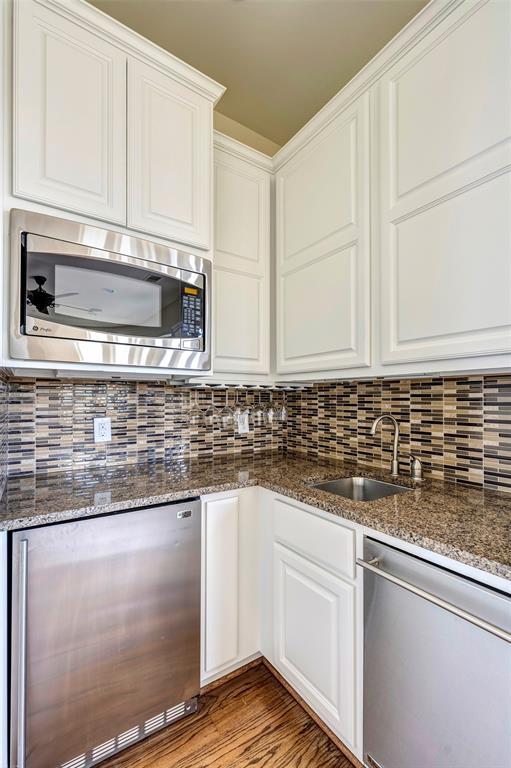 1715 4 Ridgewood Street, Houston, Texas 77006, 3 Bedrooms Bedrooms, 9 Rooms Rooms,3 BathroomsBathrooms,Townhouse/condo,For Sale,Ridgewood,19325793