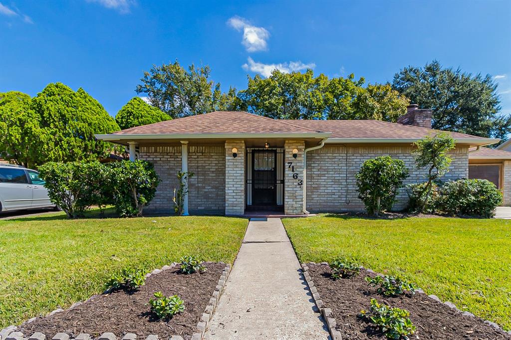 7163 Valeview Drive, Houston, TX 77072