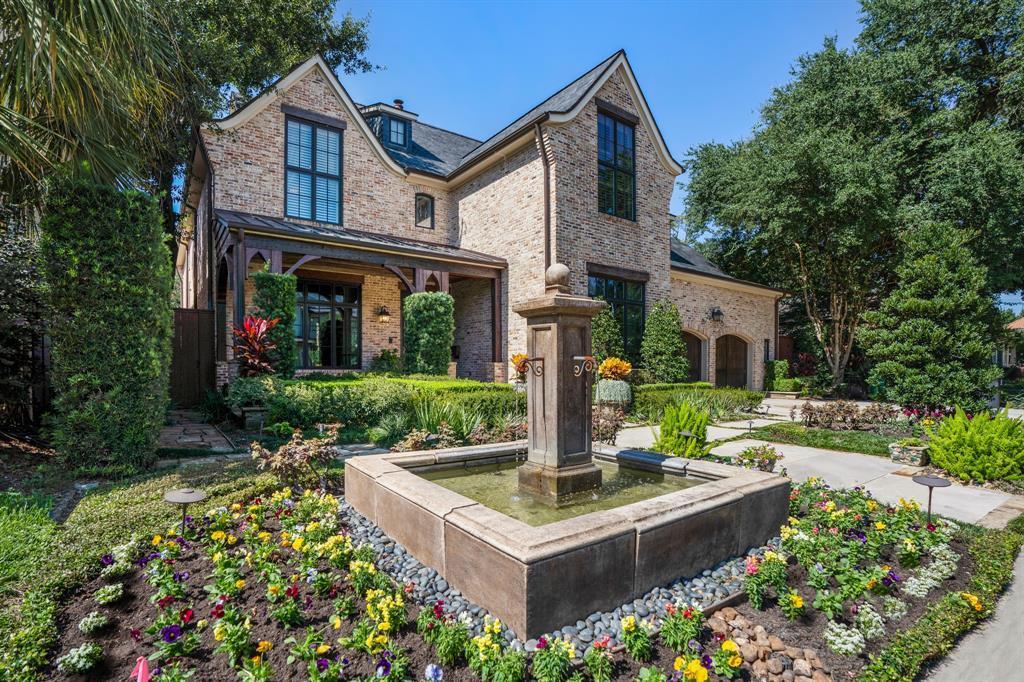 407 W Cowan Drive, Houston, TX 77007