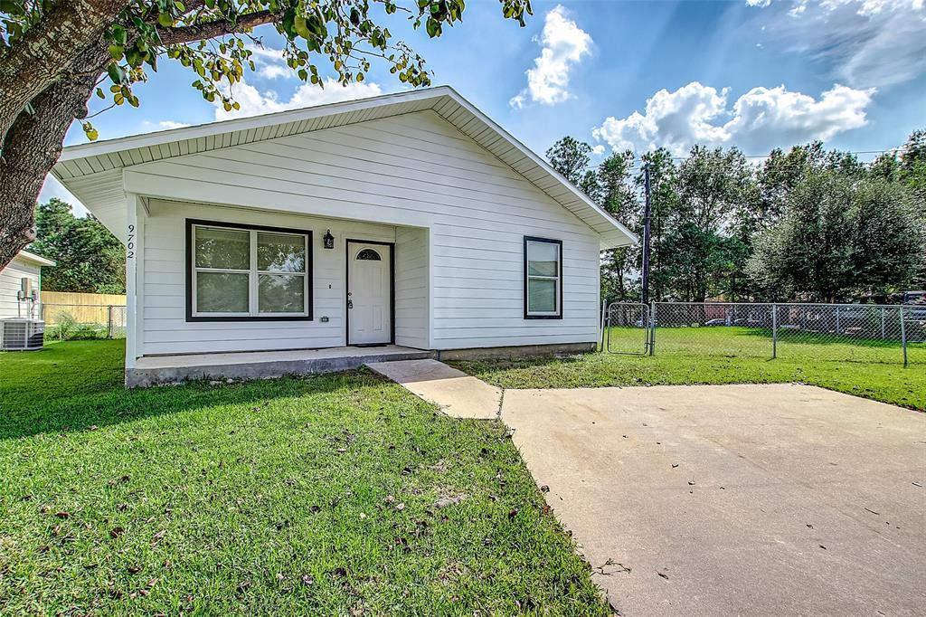 9702 Linares Drive, Houston, TX 77078