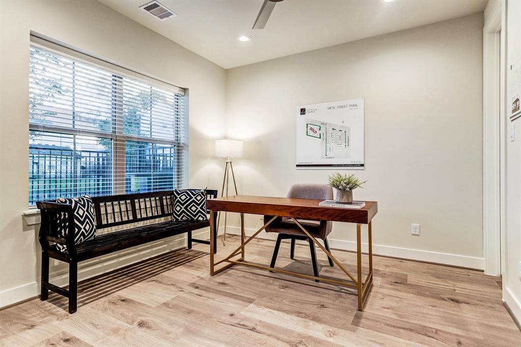 5224 3 Schuler Street, Houston, Texas 77007, 3 Bedrooms Bedrooms, 11 Rooms Rooms,3 BathroomsBathrooms,Townhouse/condo,For Sale,Schuler,80629913