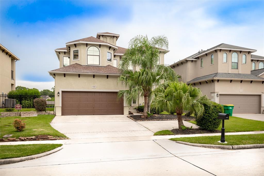 1826 Lakeside Drive, Seabrook, TX 77586
